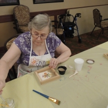 Shoreview Senior Living-Lunch and Crafts (3)