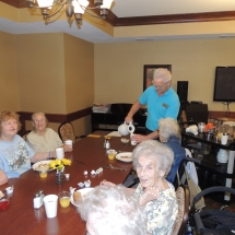 Made to Order Breakfast and Fun with Trudi-Shoreview Senior Living (6)