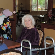 Happy Hour with Barbra Lee-Shoreview Senior Living (12)