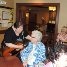 Happy Hour with Barbra Lee-Shoreview Senior Living (16)