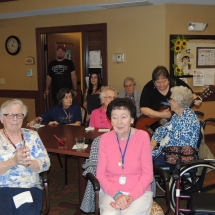 Happy Hour with Barbra Lee-Shoreview Senior Living (17)
