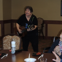 Happy Hour with Barbra Lee-Shoreview Senior Living (2)