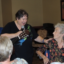 Happy Hour with Barbra Lee-Shoreview Senior Living (3)
