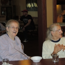 Happy Hour with Barbra Lee-Shoreview Senior Living (9)