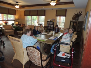 Seniorpanuer Program-Shoreview Senior Living-Amy teaching the residents