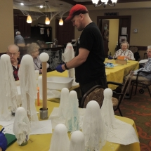 Halloween Crafts-Shoreview Senior Living (11)