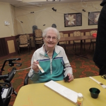 Halloween Crafts-Shoreview Senior Living (16)
