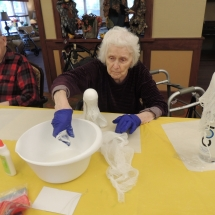 Halloween Crafts-Shoreview Senior Living (6)