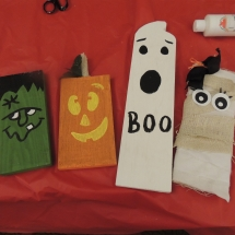 Halloween Crafts-Shoreview Senior Living (9)