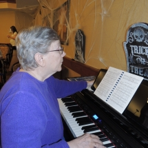 Hymn Singalong-Shoreview Senior Living-Playing piano