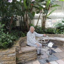 Shoreview Senior Living goes to Como Park Zoo & Conservatory