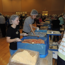 Shoreview Residents Volunteer for Feed My Starving Children