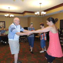 Ken Wanovich Entertains Shoreview Senior Living During Happy Hour